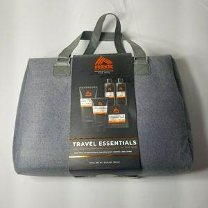 NWT Mens Travel Bag